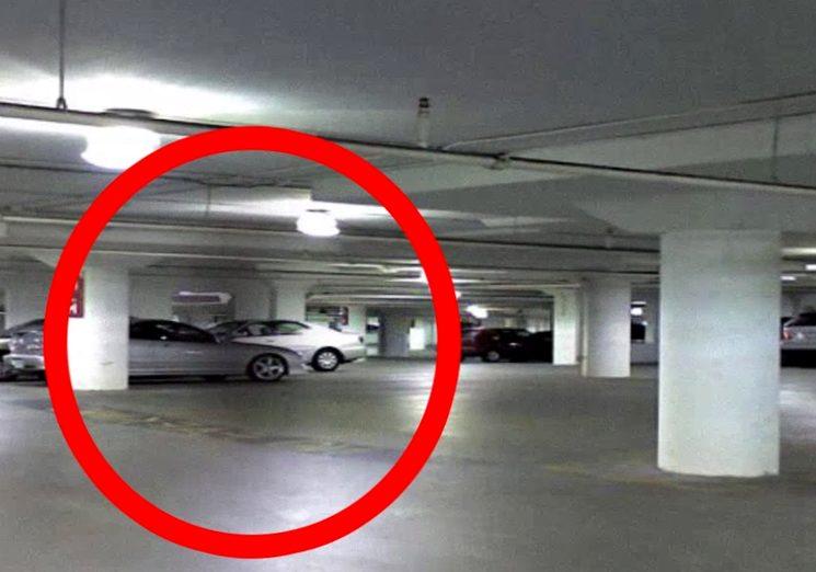 Что делать при ДТП во дворе или на парковке если виновник скрылся (ОСАГО / КАСКО)