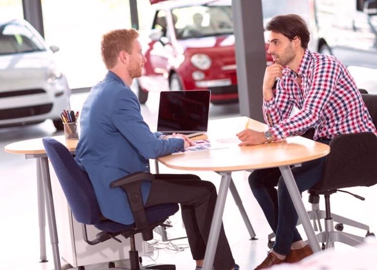 Как оформить использование личного автомобиля в служебных целях и получить компенсацию?