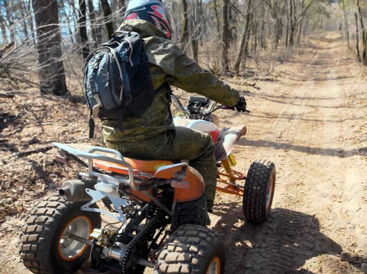 Как получить права на управление квадроциклом в РФ
