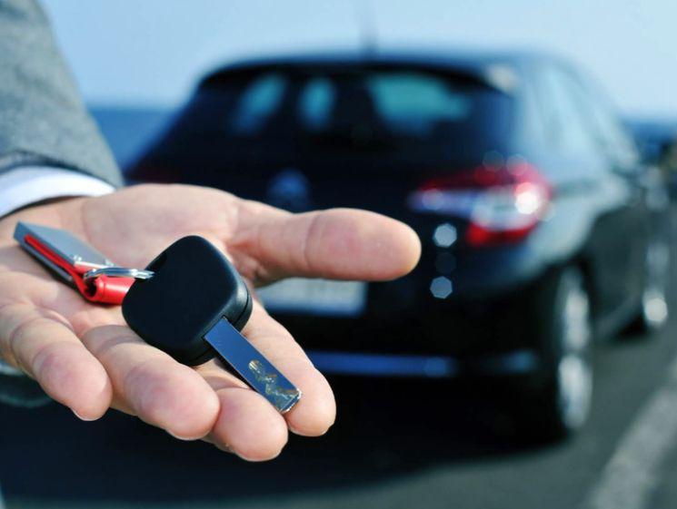 Как взять автомобиль в прокат и избежать неприятных последствий