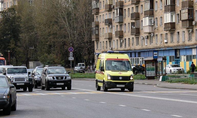 Ответственность за непропуск машин скорой помощи — штраф до 5000 рублей по новому закону