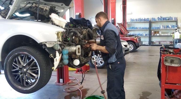 Замена мотора — выбираем между новым и контрактным двигателем
